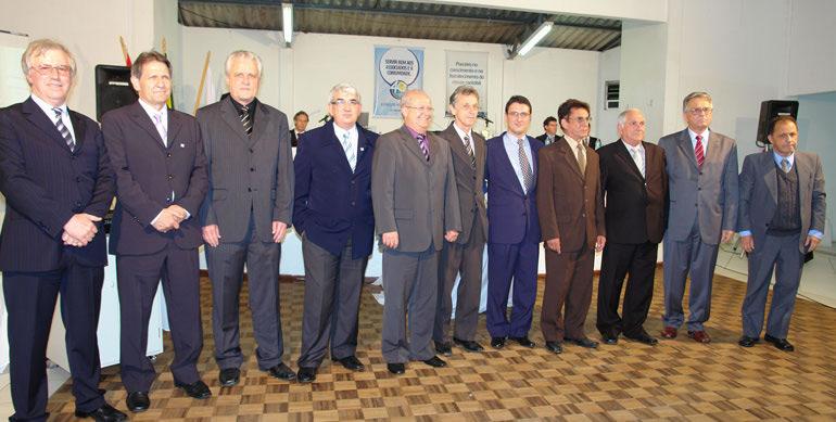 Homenagens a ex-presidentes no evento de 40 anos da entidade